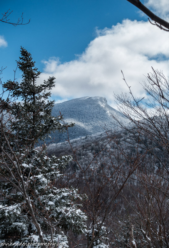 The view of Camel's Hump from the top of Crow Hill